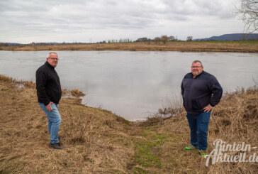 Ursprung von Ölfilm auf der Weser offenbar geklärt: Ortsbürgermeister kritisiert Behördentempo