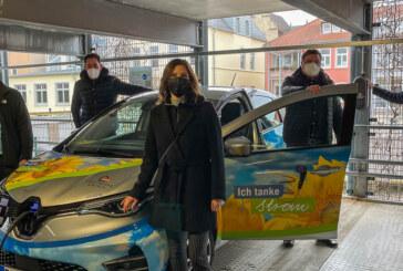 Stadtwerke installieren sechs E-Auto-Ladepunkte im Parkhaus Klosterstraße