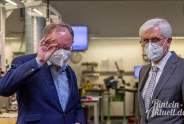 Elektromobilität und Digitalisierung: Ministerpräsident Stephan Weil besucht Stüken in Rinteln