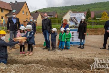 Schaumburg: Grundsteinlegung an Kita-Baustelle
