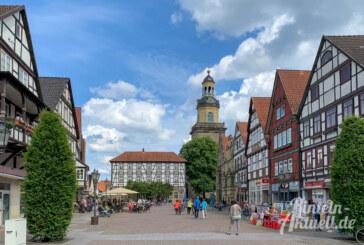 Vorschlag im Ortsrat: Bücherschrank, Kummerkasten und Sitzmöbel am Marktplatz?