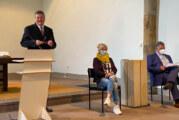"""Bitte Platz nehmen auf den """"Smiley-Sitzen"""": Vorgezogene Jahreshauptversammlung des Stadtmarketingvereins """"Pro Rinteln"""""""