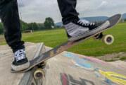 Besichtigung von Skate-Park und Bike-Park: Jugendliche befürworten Erweiterungen