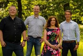 Sportheim, Exter Feld und Grundschule: Doris Neuhäuser besucht Exten