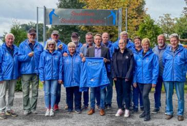 Stadtwerke Rinteln und Volksbank in Schaumburg sponsern wetterfeste Jacken für Boulefreunde Rinteln