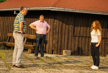 Bürgermeisterkandidatin Doris Neuhäuser unterwegs in Goldbeck