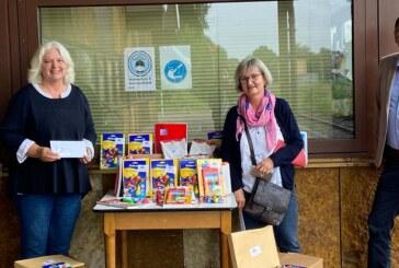 Stiftung für Rinteln verteilt über die Rintelner Tafel Material zum Malen und Schreiben an Kinder und Jugendliche