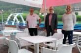 Freibadverein Laßbruch freut sich über 1.000 Euro von der Volksbank in Schaumburg