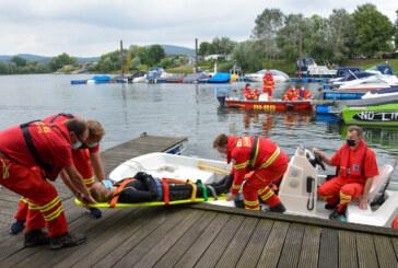 DLRG übt am Doktorsee: Wasserrettungszug Schaumburg probt den Ernstfall