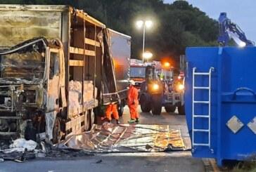 15-stündiger Einsatz auf der A2: Feuerwehr löscht brennenden Gefahrgut-LKW