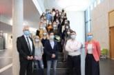 17 Gesundheits- und Krankenpfleger verabschiedet, 23 neue Azubis begrüßt