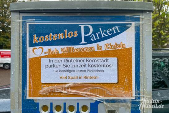Gratis-Parken nicht als Dauerparker-Lösung: Hinweise auf Parkautomaten stiften Verwirrung